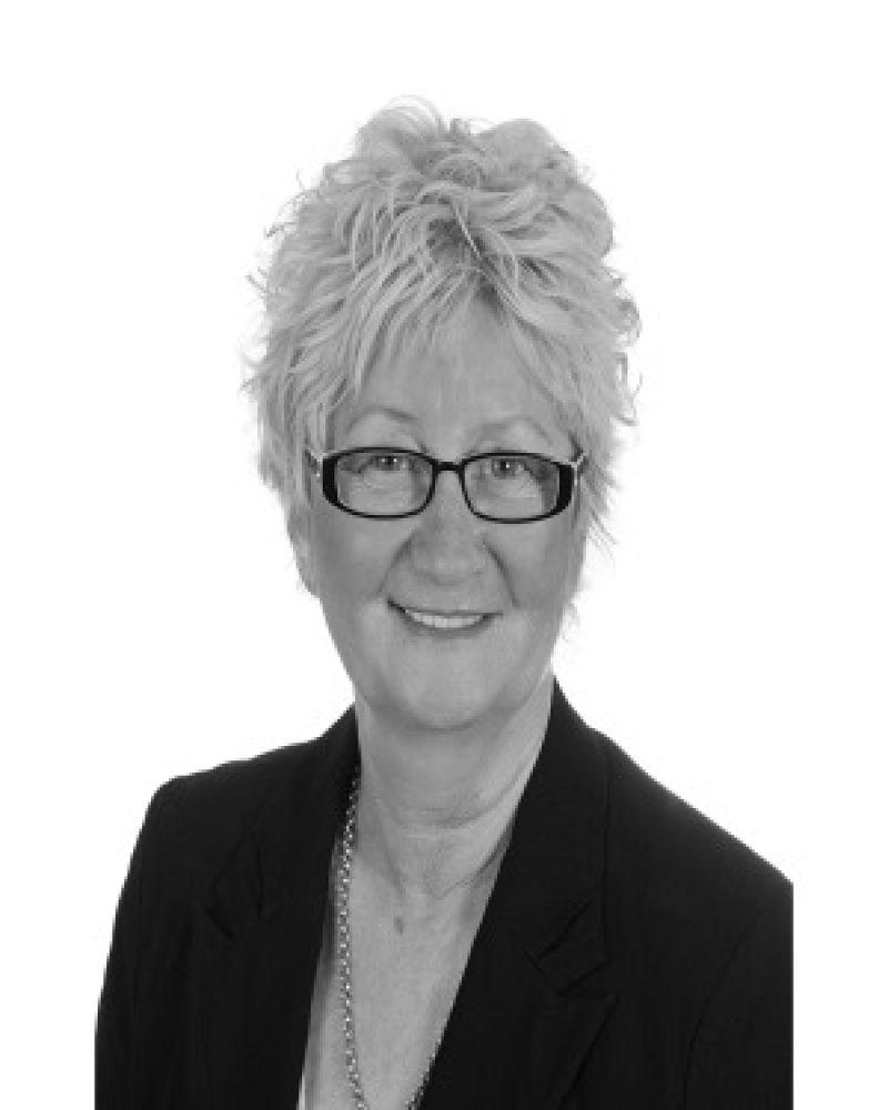 Helen Richardson Real Estate Agent