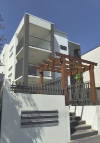 Modern Apartment - Walking distance to everything!