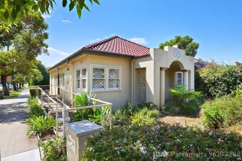 QUALITY COMMERCIAL COTTAGE