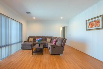 MODERN FULLY FURNISHED HOME - FLEXIBLE LEASE TERM