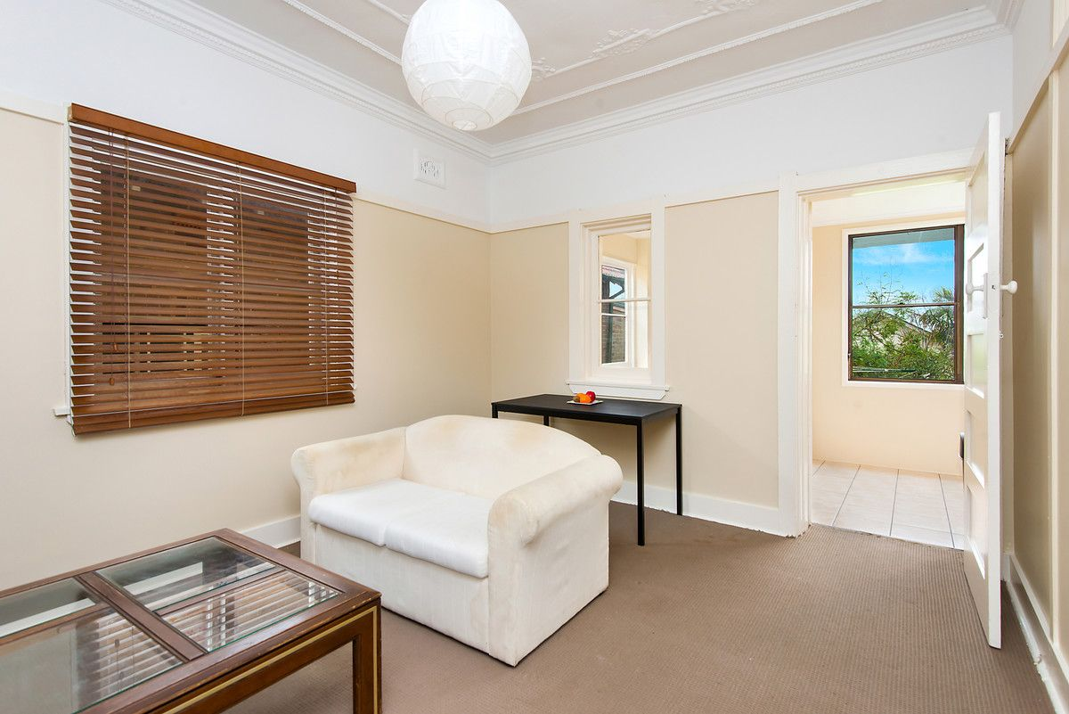 2/20 Fairy Bower Road Manly 2095