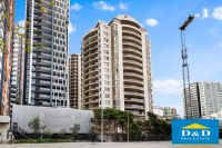 Modern Spacious 2 Bedroom Unit. Parramatta City Centre. Brand New Blinds throughout. Close To Transport.