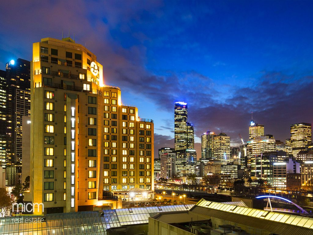 Unsurpassed Quay West Suites Luxury with Sweeping City and River Views