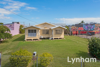 Centrally located Home With Large Double Bay Shed