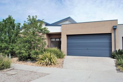 Featherbrook Estate, 14 Feather Place: A Perfect Property With Some Added Extras!