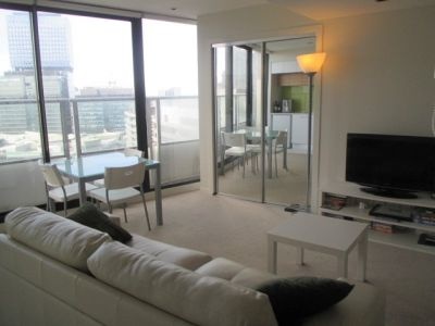 Victoria Point: 25th Floor - Fantastic Studio in the Heart of Docklands!