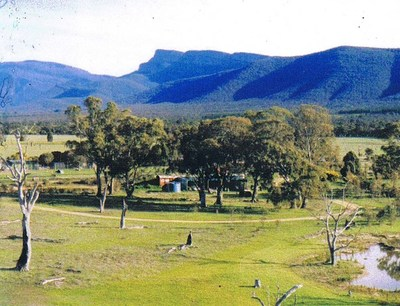 Lifestyle Property with character 120 acres flat land with panoramic views of the Grampian Range