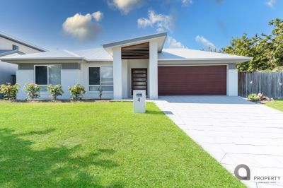 EXECUTIVE FAMILY HOME - Available now!