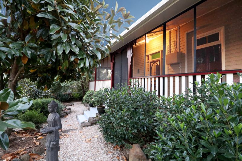 NIMBIN'S FINEST HERITAGE HOME - 2 DWELLINGS