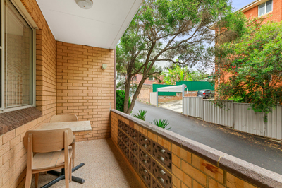 2/9 Bayley Street, Marrickville
