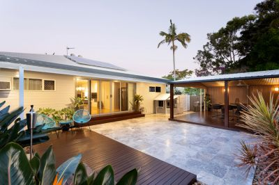 Big Modern Family Home - The Perfect Entertainer