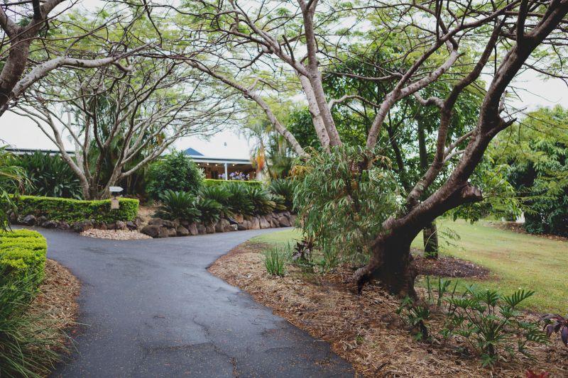 76 Crest Hill Drive, Wongawallan