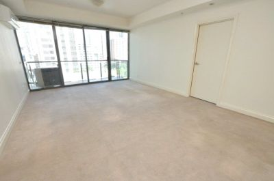 Spring Street Towers: 8th Floor - Highly Desired Location!