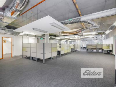 MODERN, CREATIVE, FITTED OUT OFFICE IN THE HEART OF THE VALLEY!