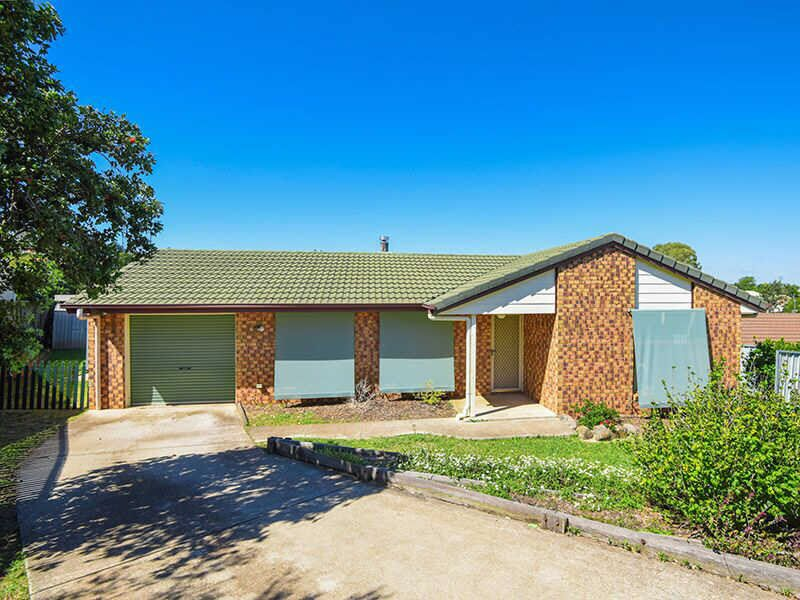 Superbly Positioned 4 Bedroom Home