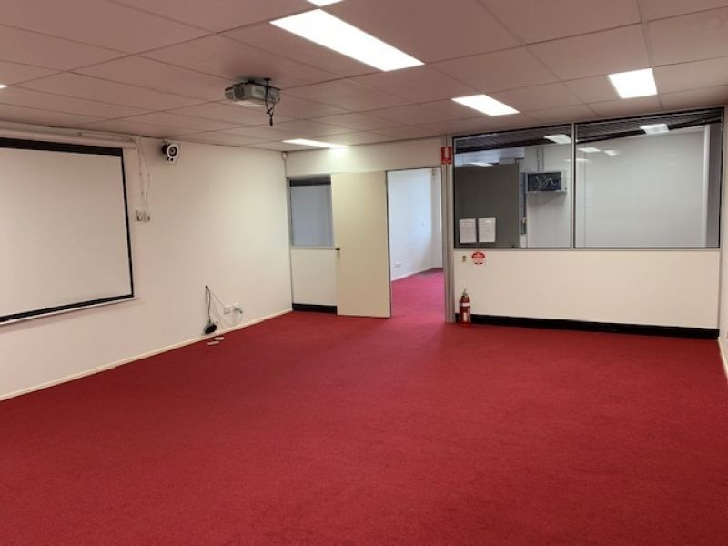 BOUTIQUE CORPORATE OFFICE -  INTERSTATE OWNER WANTS QUICK SALE !