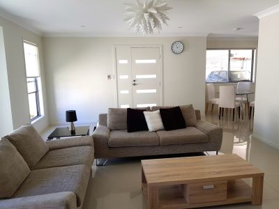 Fully furnished modern home in central location