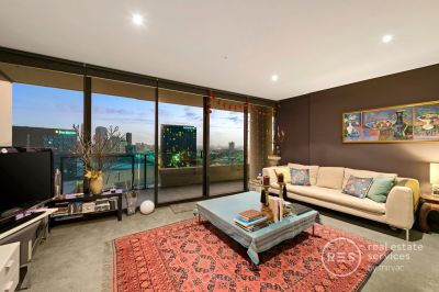 Standout Docklands Pad with an Enormous Balcony