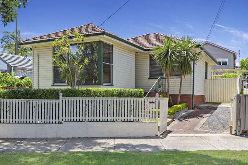 Ready to Move Straight Into & Enjoy A Location in Popular Demand