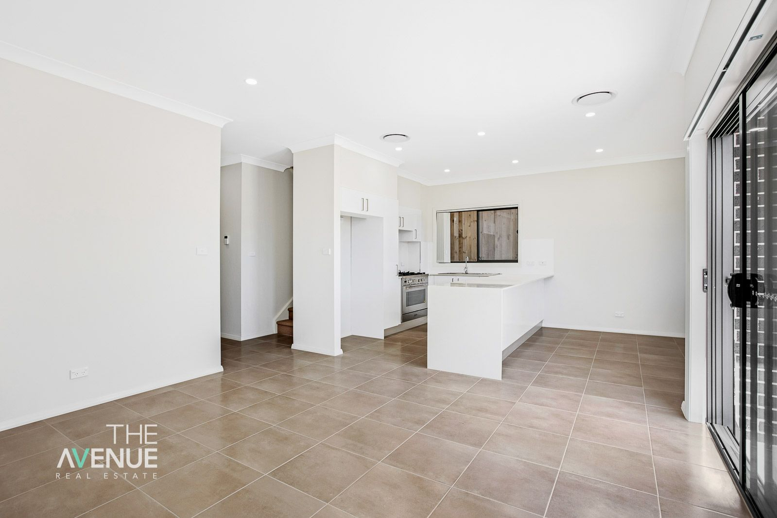 8 Goldstone Way, Box Hill NSW 2765
