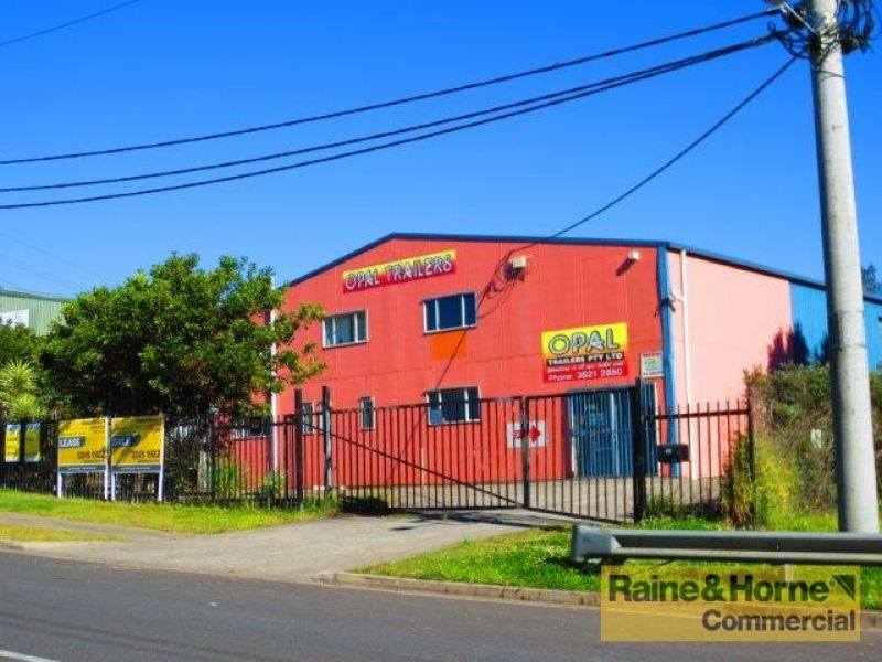 550sqm Industrial Premises with Dual Access