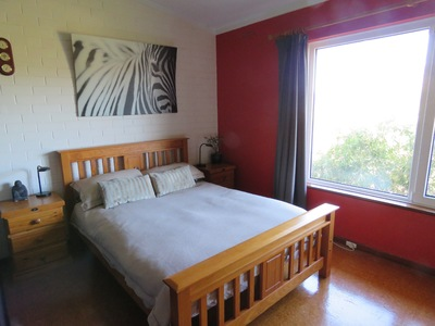 Secluded, beautifully renovated large one bedroom apartment, prime location.