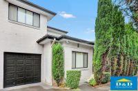 Modern 3 Bedroom Townhouse. Quiet Peaceful Location. 3 Toilets. Double Lock Up Garage. Walk to Parramatta City & WSU