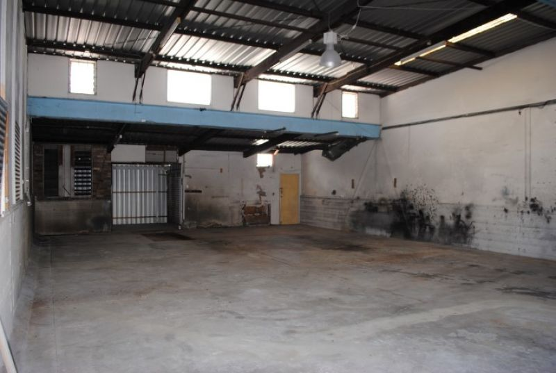 Warehouse suited for Mechanic/Panel Beater