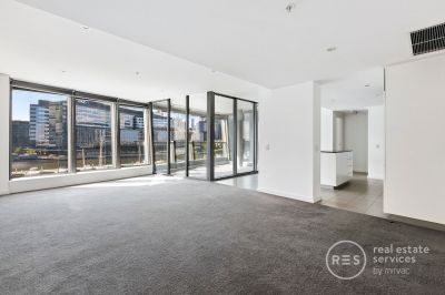 Highly sought after, over-sized one bedroom in Tower 5!