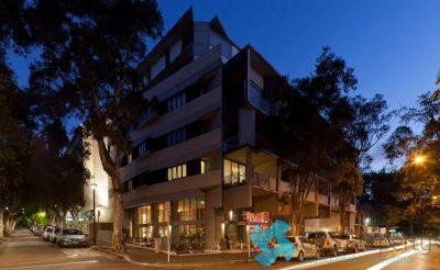 URBAN TWO BEDROOM RESIDENCE IN AWARD WINNING 'DE NODE' COMPLEX