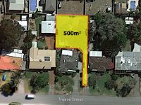 LAND!! What a location! 500sqm, no common property!