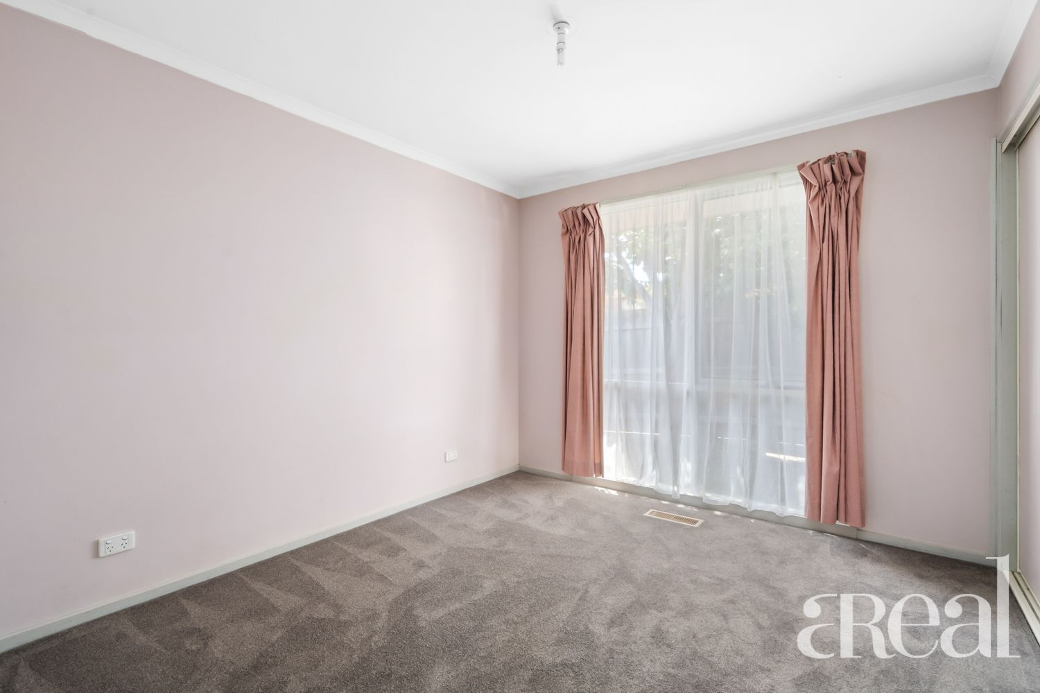 71A Hawthorn Rd, Forest Hill VIC
