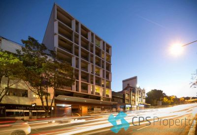 EXECUTIVE ONE BEDROOM RESIDENCE WITH LEAFY NORTHERLY OUTLOOKS