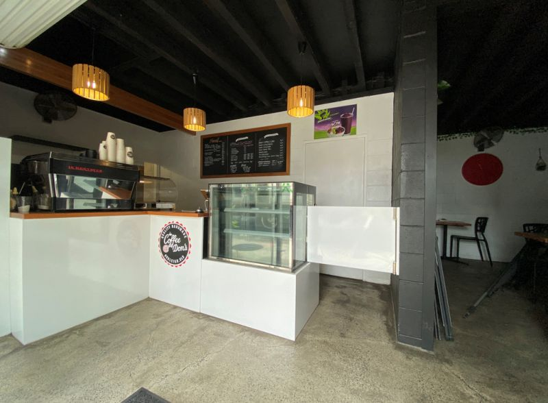 FULLY FURNISHED CAFE OPPORTUNITY - READY TO OCCUPY NOW