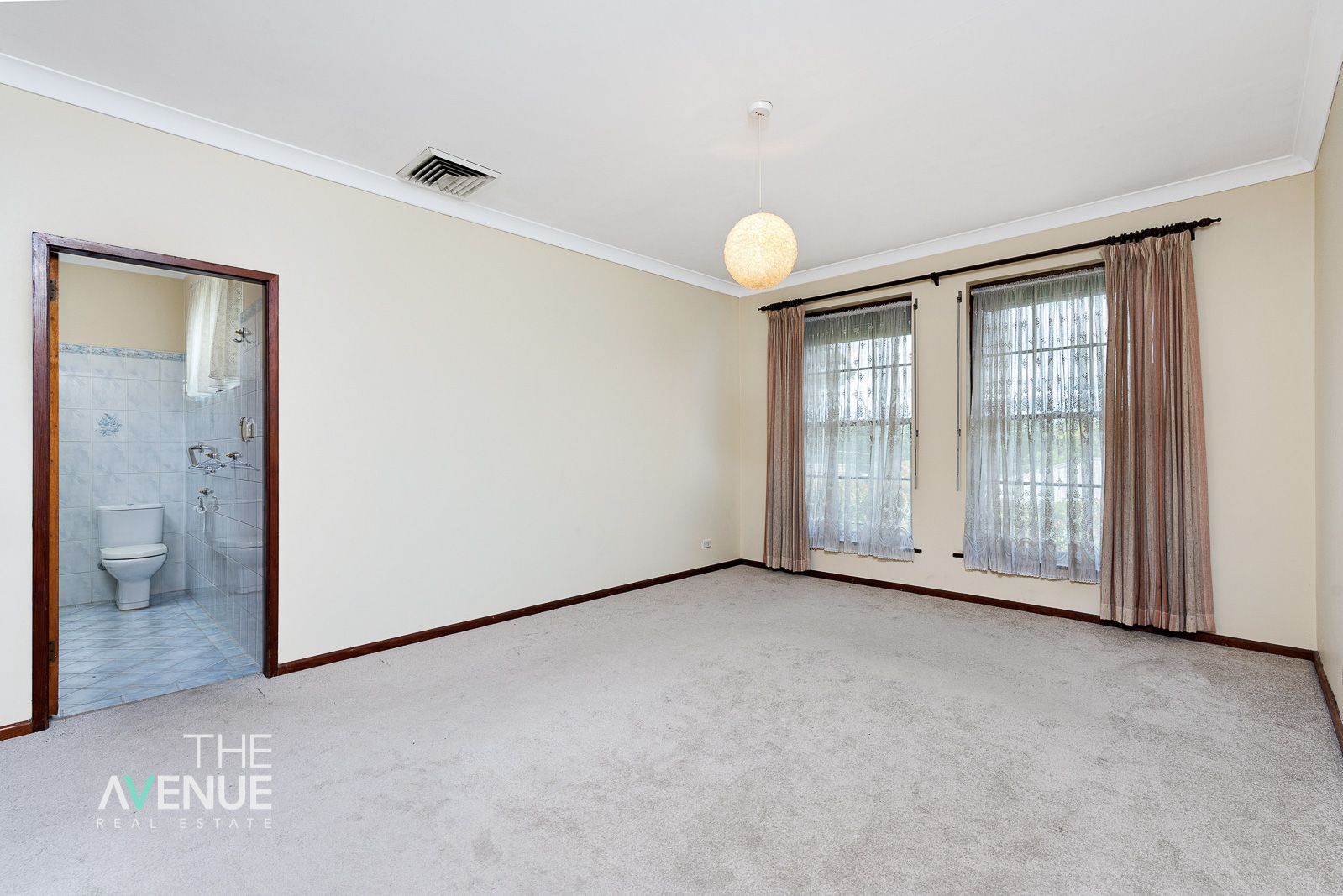 10 Bangalow Place, Baulkham Hills NSW 2153