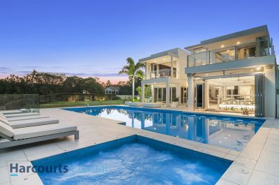 Master Class Golf Front Home, Spectacularly Finished