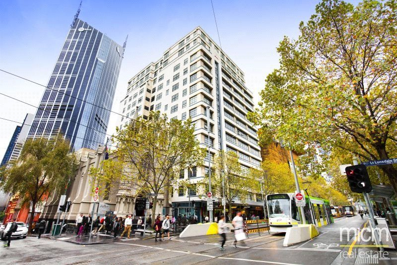 Furnished One Bedroom Right in the Heart of Melbourne!