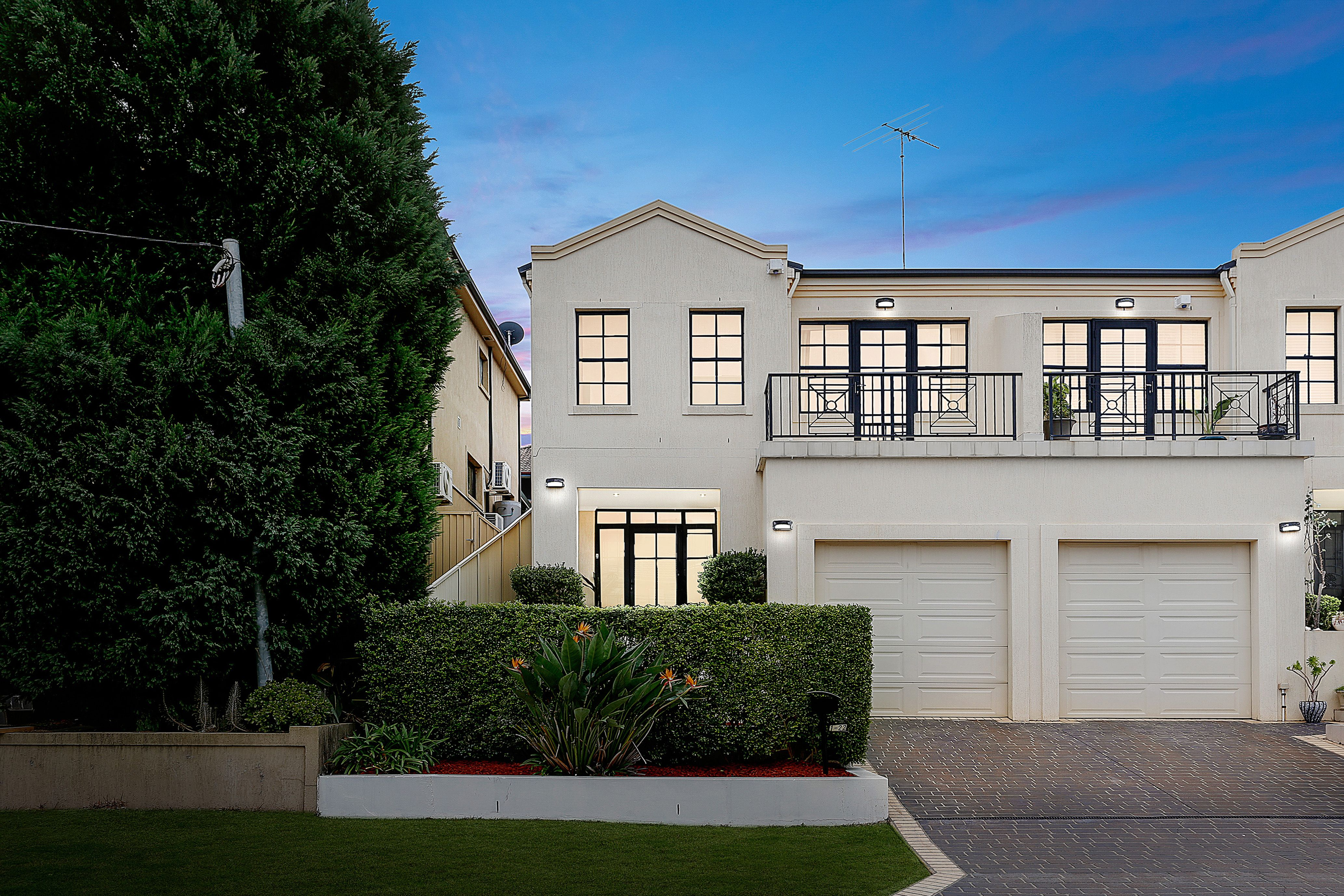 1/22 Balmoral Crescent, Georges Hall NSW 2198
