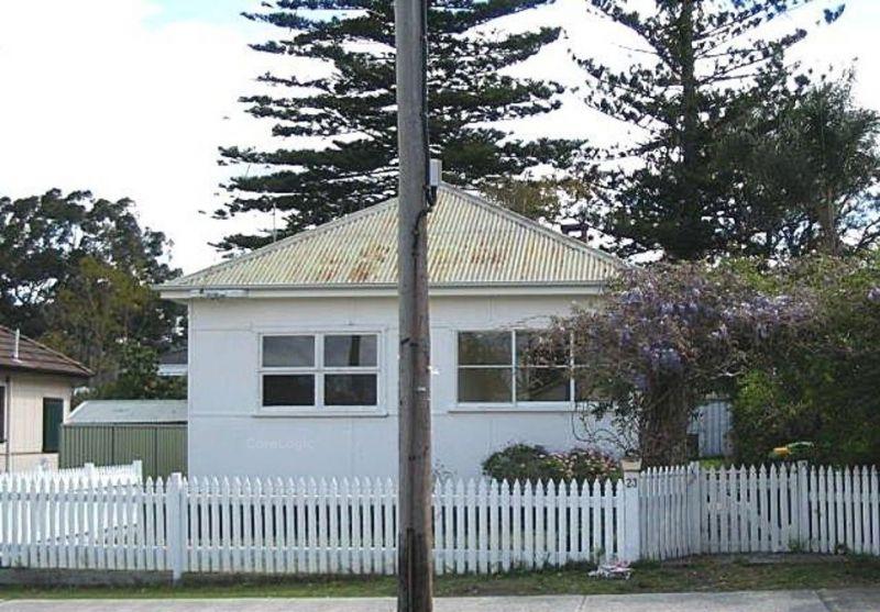 23 Barrenjoey Road Ettalong Beach 2257
