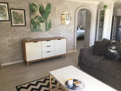 RENOVATED TOP FLOOR 2 BEDROOM UNIT