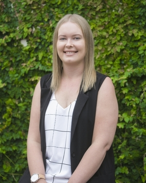 Alicia Pitkin Real Estate Agent
