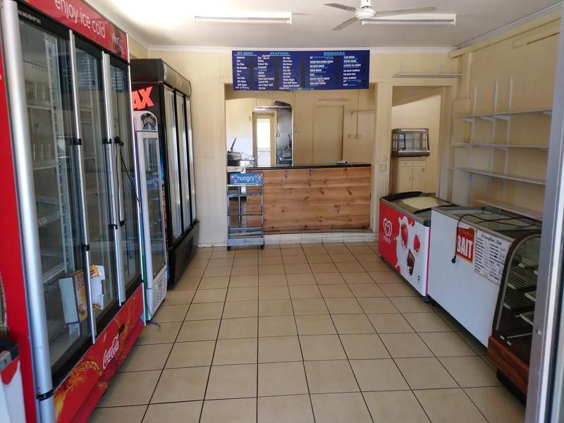 FISH AND CHIPS / GENERAL STORE - SELLING FOR FREE  - WITH A LEASE FOR $400 PW