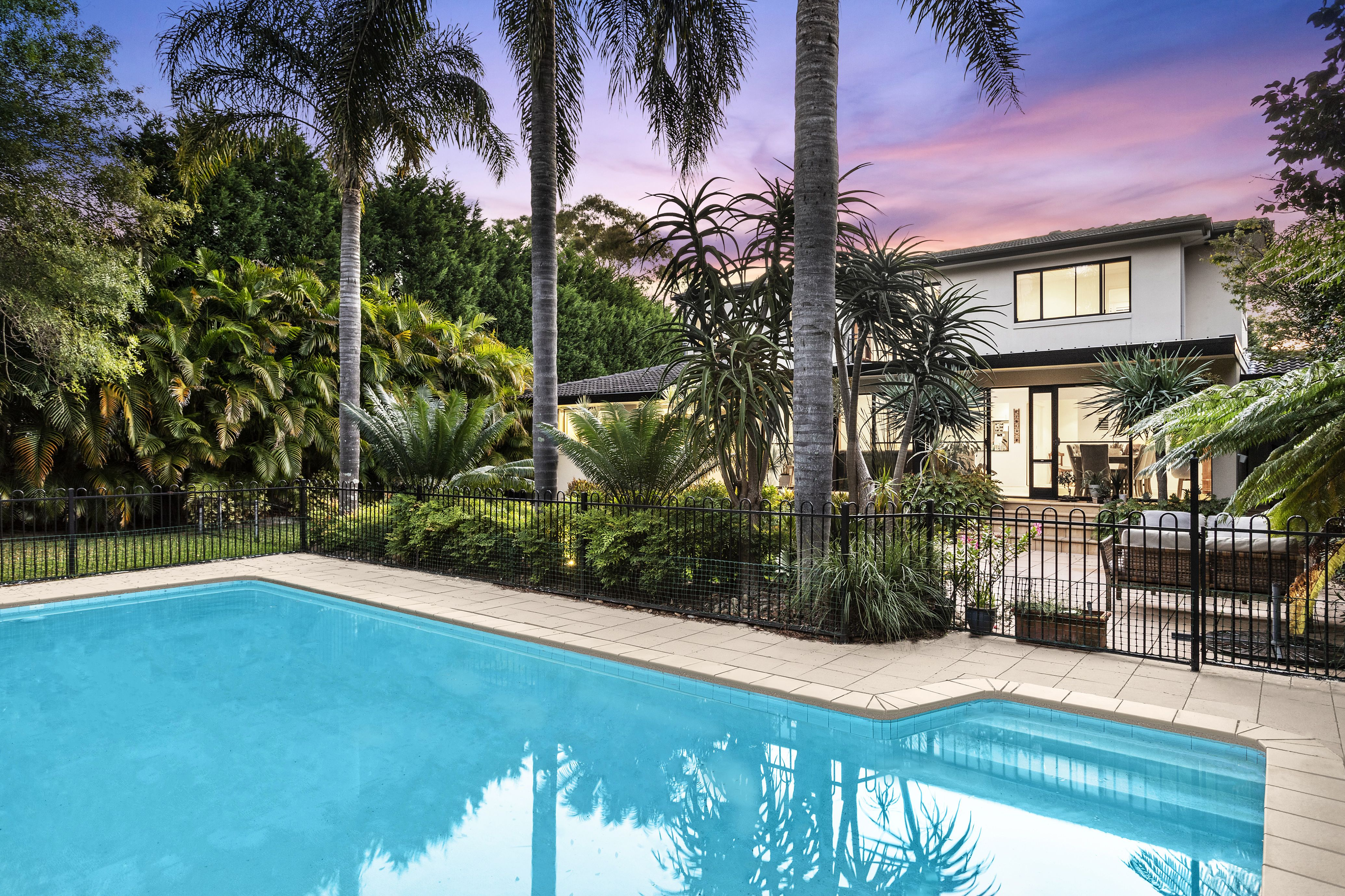 16 Hume Avenue St Ives 2075
