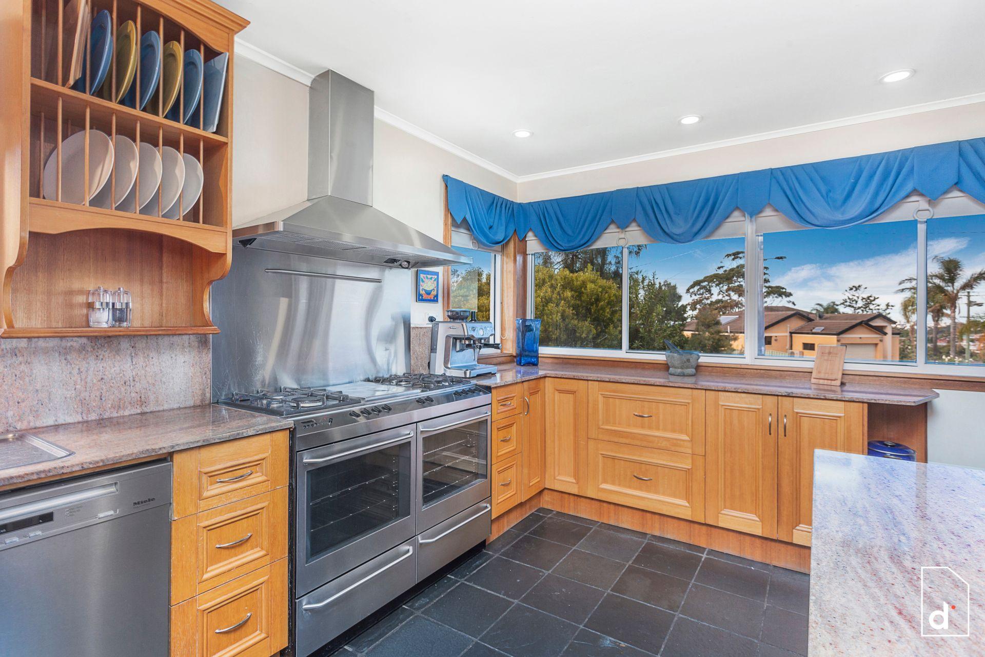 2 Ward Place, Balgownie NSW