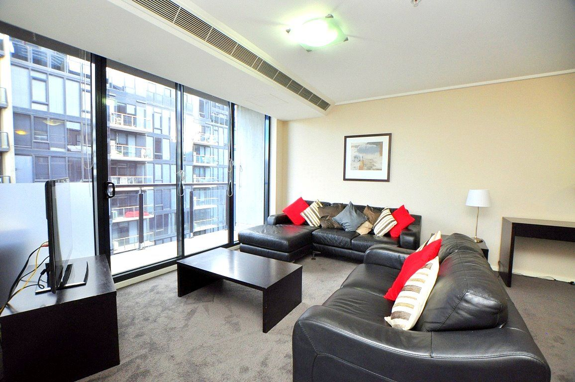 Furnished Two Bedroom Apartment High on the 32nd Floor in Melbourne Tower!