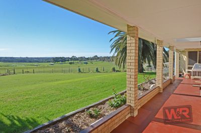 85 Catalina Road, Lange