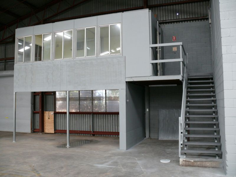 1407m2* Warehouse With Offices