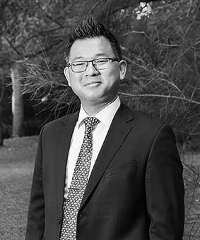Hiroyoshi Ken Miyagawa Real Estate Agent