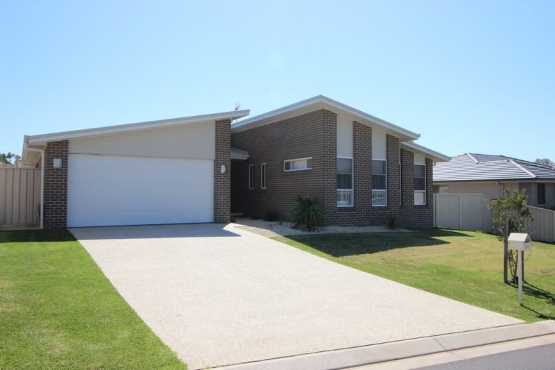4 Bedroom House For Sale in Port Macquarie