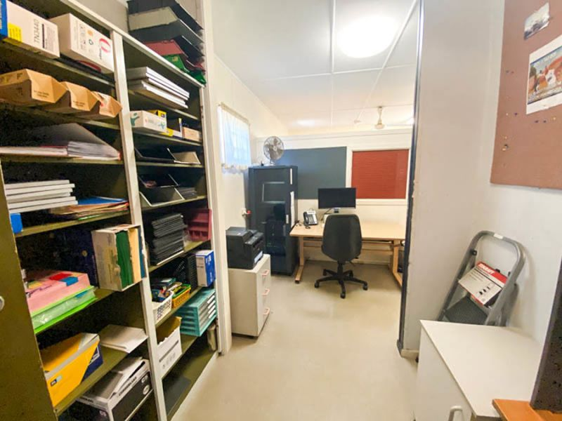 SMALL OFFICE OPPORTUNITY